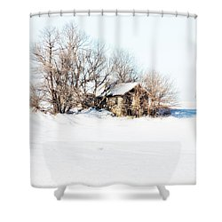 Shower Curtain featuring the photograph Old  Stone House Milford by Julie Hamilton