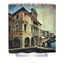 Palazzo Lisatti - Mascheroni Shower Curtain