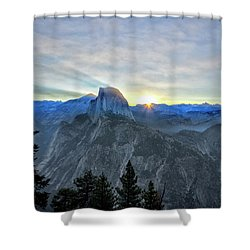 Point Rise Shower Curtain
