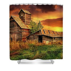 Prairie Barns Shower Curtain