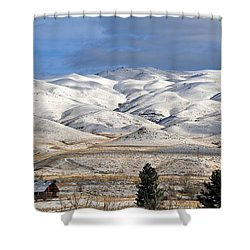 Shower Curtain featuring the photograph Pretty In White by Donna Kennedy
