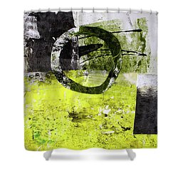 Quarto I Shower Curtain