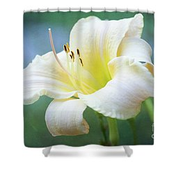 Queen Of The Garden Shower Curtain