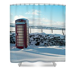 Red Telephone Box In The Snow V Shower Curtain