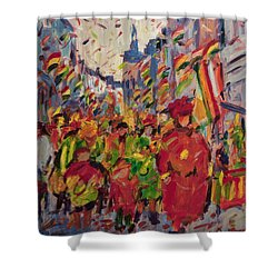 Red Yellow Green There They Come Vreug En Neugter Shower Curtain
