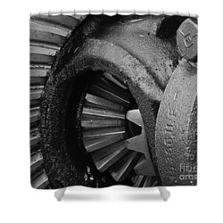 Ring And Pinion Bw Shower Curtain