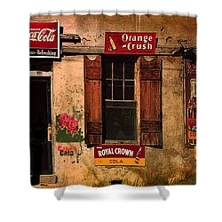 Rosas Cafe Shower Curtain