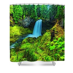 Koosa Falls, Oregon Shower Curtain