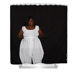 Sanderson - 4568 Shower Curtain