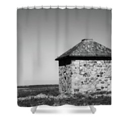 Screaming House Of Indian Head Shower Curtain
