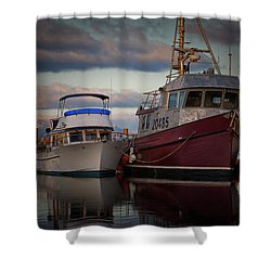 Shower Curtain featuring the photograph Sea Rake by Randy Hall