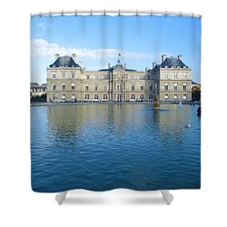Shower Curtain featuring the photograph Senat From Jardin Du Luxembourg by Christopher Kirby