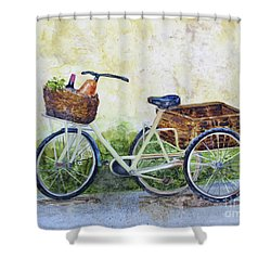 Shopping Day In Lucca Italy Shower Curtain
