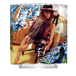 Sinergia Shower Curtain