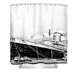 Ss United States Shower Curtain by Bill Cannon