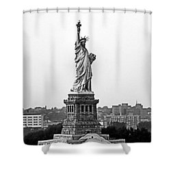 Shower Curtain featuring the photograph Statue Of Liberty Black And White by Kristin Elmquist