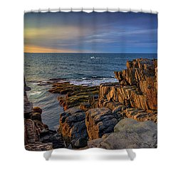 Shower Curtain featuring the photograph Steaming Past The Giant's Stairs by Rick Berk