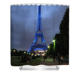 Shower Curtain featuring the photograph Strength And Beauty by Suzanne Oesterling