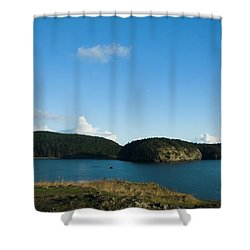 Shower Curtain featuring the photograph Sunny Day At Bowman Bay Park by Yulia Kazansky