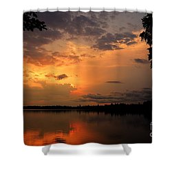 Shower Curtain featuring the photograph Sunset On Thomas Lake by Larry Ricker