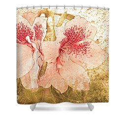 Shower Curtain featuring the photograph Sutle Harmony by Bonnie Willis