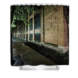 Shower Curtain featuring the photograph Syracuse Sidewalks by Everet Regal