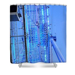 Shower Curtain featuring the photograph The Orlando Eye 002 by Chris Mercer