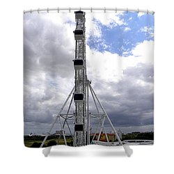 Shower Curtain featuring the photograph The Orlando Eye 003 by Chris Mercer