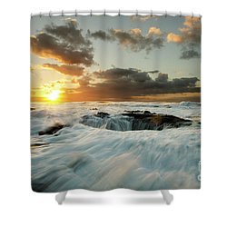 Shower Curtain featuring the photograph Thors Well Cape Perpetua 1 by Bob Christopher