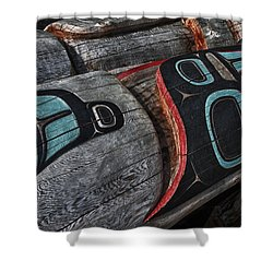 Totems Horizontal Shower Curtain by Gary Warnimont
