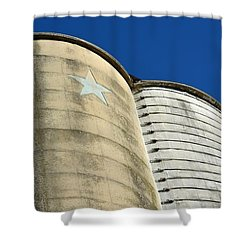 Triple Silo With Star Shower Curtain
