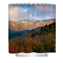 Tuckermans Ravine In Autumn Shower Curtain