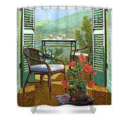 Un Vaso Di Rose Shower Curtain