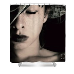 Unattached Shower Curtain