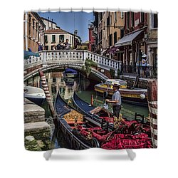 Shower Curtain featuring the photograph Venice Gondolier by Shirley Mangini