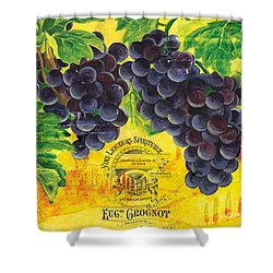 Vigne De Raisins Shower Curtain