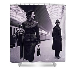 Vintage Fashion Elegant Lady Shower Curtain