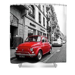Voiture Rouge Shower Curtain