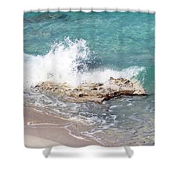 Gentle Wave In Bimini Shower Curtain