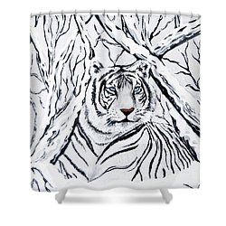 White Tiger Blending In Shower Curtain