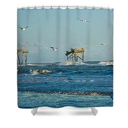 Wild Waves At Nags Head Shower Curtain