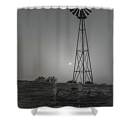 Shower Curtain featuring the photograph Windmill At Dawn by Robert Frederick