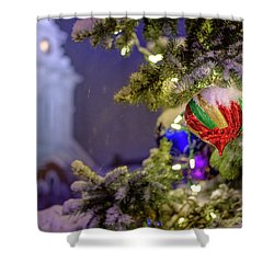 Ornament, Market Square Christmas Tree Shower Curtain