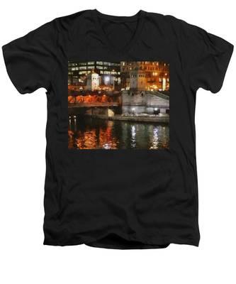 Chicago River At Michigan Avenue Men's V-Neck T-Shirt
