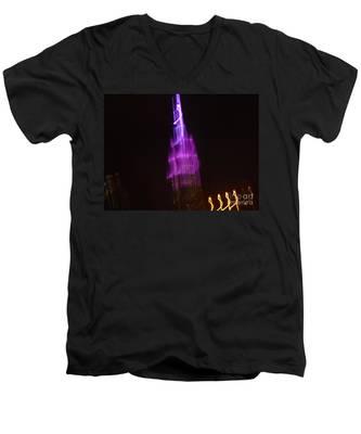 Empire Light Blur Men's V-Neck T-Shirt