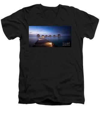 Honeymooners Paradise Men's V-Neck T-Shirt