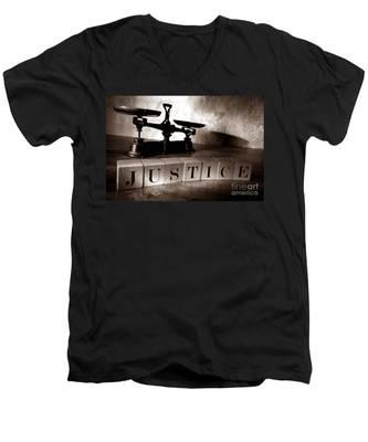 Justice Men's V-Neck T-Shirt