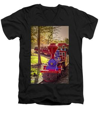 Riding Out Of The Sunset On The Hermann Park Train Men's V-Neck T-Shirt