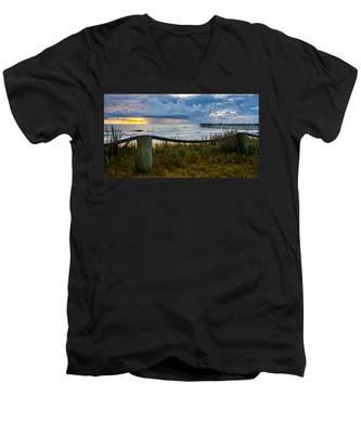 Simple Flager Men's V-Neck T-Shirt