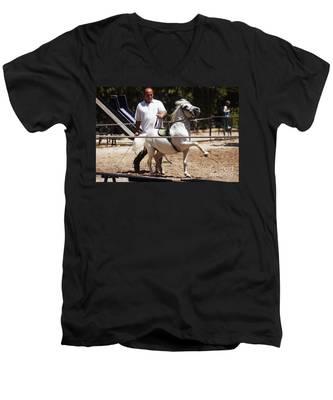 Horse Training Men's V-Neck T-Shirt